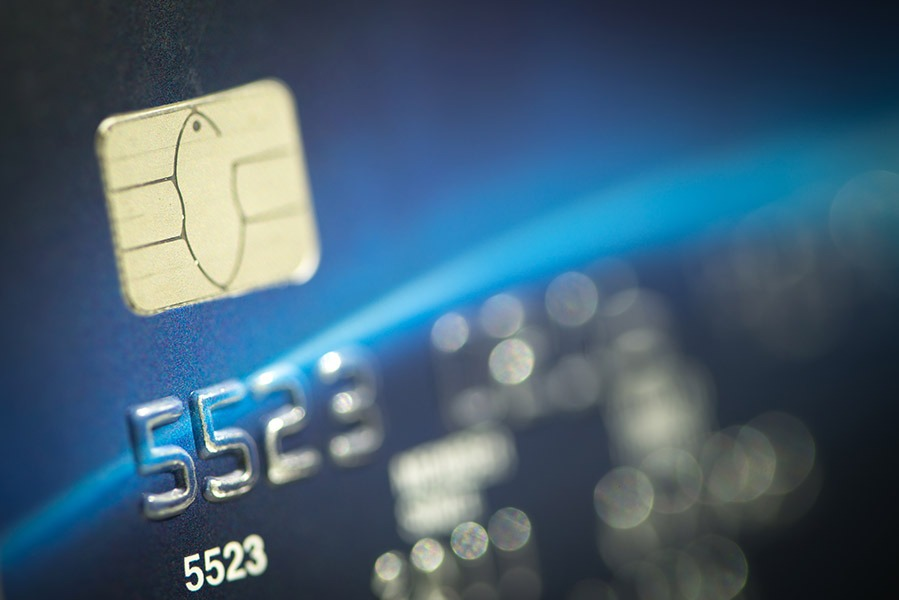 betalingsløsning visa dankort close up