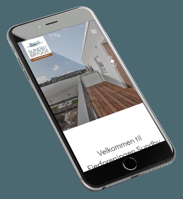 Sundby Brygge set fra mobil på skrå